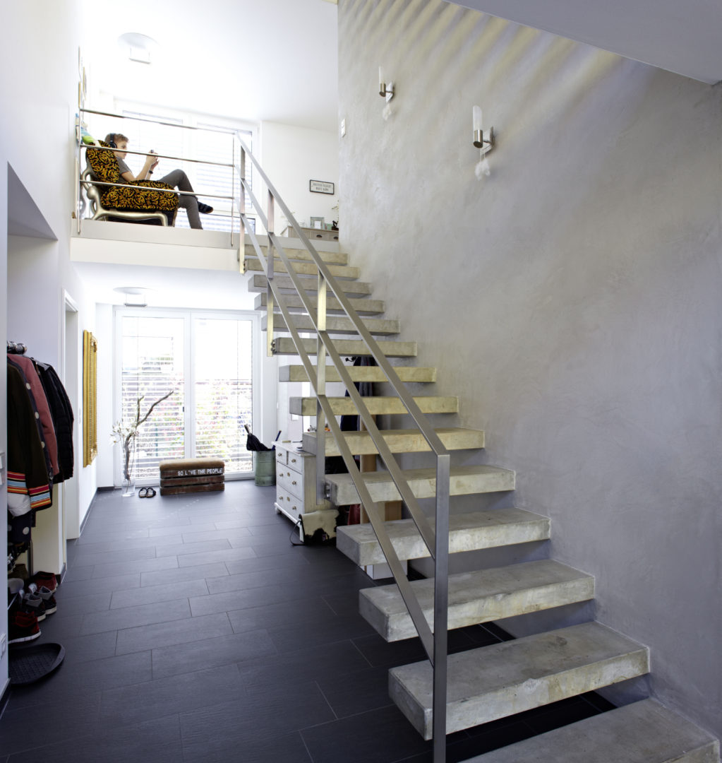 kubus mit staffelgeschoss neubau einer stadtvilla. Black Bedroom Furniture Sets. Home Design Ideas