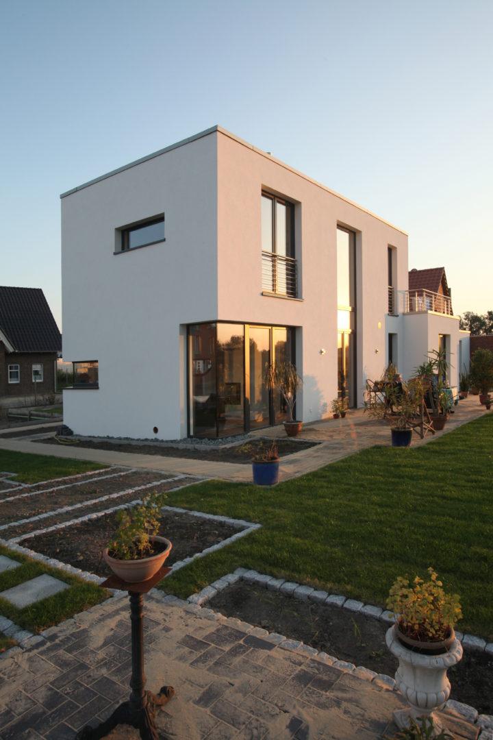 wohnen mit galerie neubau eines wohnhauses architekt fluegge beratung planung. Black Bedroom Furniture Sets. Home Design Ideas
